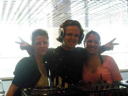 DJ Mighty Mike in Berlin, Germany with Sherin and Romina